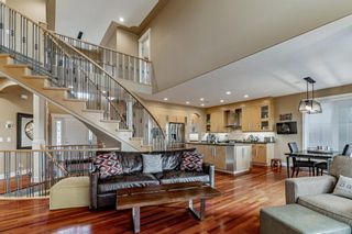 Photo 11: 30 Strathridge Park SW in Calgary: Strathcona Park Detached for sale : MLS®# A1151156