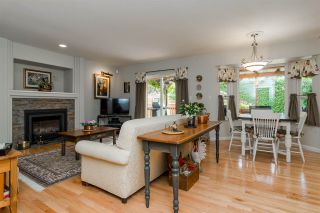 """Photo 6: 20976 43A Avenue in Langley: Brookswood Langley House for sale in """"Cedar Ridge"""" : MLS®# R2207293"""