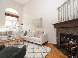 Photo 3: 3020 Washington Ave in VICTORIA: Vi Burnside Row/Townhouse for sale (Victoria)  : MLS®# 810102