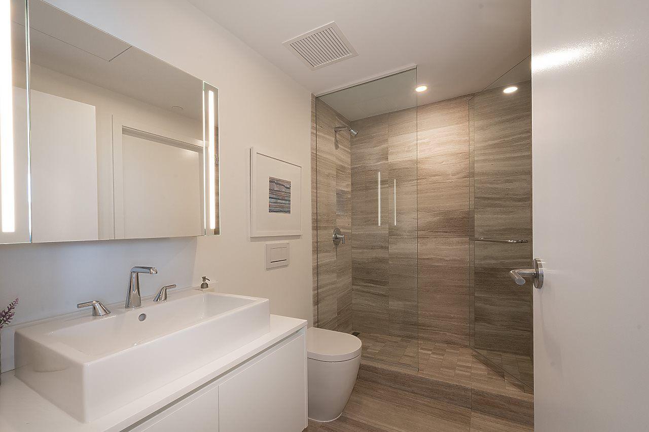 """Photo 21: Photos: 3703 1480 HOWE Street in Vancouver: Yaletown Condo for sale in """"Vancouver House"""" (Vancouver West)  : MLS®# R2527999"""