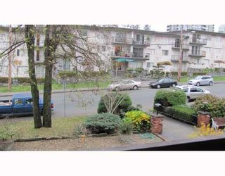 """Photo 7: 206 910 5TH Avenue in New Westminster: Uptown NW Condo for sale in """"GROSVENOR COURT"""" : MLS®# V799355"""