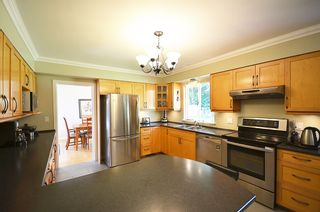 Photo 31: 480 GREENWAY AV in North Vancouver: Upper Delbrook House for sale : MLS®# V1003304