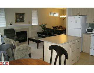 """Photo 6: 12 15868 85TH Avenue in Surrey: Fleetwood Tynehead Townhouse for sale in """"CHESTNUT GROVE"""" : MLS®# F2927924"""
