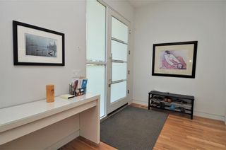 Photo 11: 110 35 Street NW in Calgary: Parkdale House for sale : MLS®# C4123515