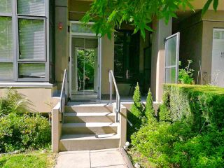 """Photo 1: TH7 4250 DAWSON Street in Burnaby: Brentwood Park Townhouse for sale in """"CMA2"""" (Burnaby North)  : MLS®# R2559687"""