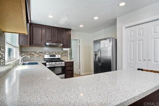 Photo 11: 1005 Maryland Dr in Vista: Residential for sale (92083 - Vista)  : MLS®# 200043146