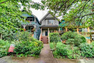 Photo 1: 1936 CHARLES Street in Vancouver: Grandview Woodland 1/2 Duplex for sale (Vancouver East)  : MLS®# R2490578