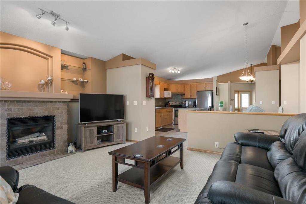 Photo 8: Photos: 182 Fulton Street in Winnipeg: Residential for sale (2F)  : MLS®# 202025501