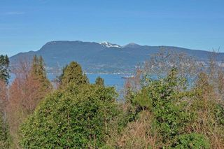 """Photo 10: 5781 NEWTON Wynd in Vancouver: University VW House for sale in """"UBC Endowment Lands"""" (Vancouver West)  : MLS®# R2041733"""