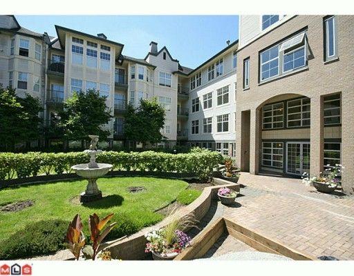 "Main Photo: 106 20200 56 Avenue in Langley: Langley City Condo for sale in ""Bentley"" : MLS®# F2928010"