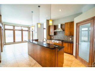 Photo 3: 1557 Charleswood Road in WINNIPEG: Charleswood Residential for sale (South Winnipeg)  : MLS®# 1423932