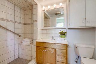 Photo 15: VISTA House for sale : 3 bedrooms : 2155 Warmlands Avenue