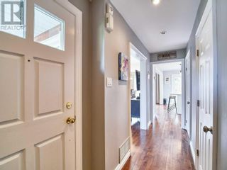 Photo 8: 18 LINDEN LANE in Whitchurch-Stouffville: House for sale : MLS®# N5400142