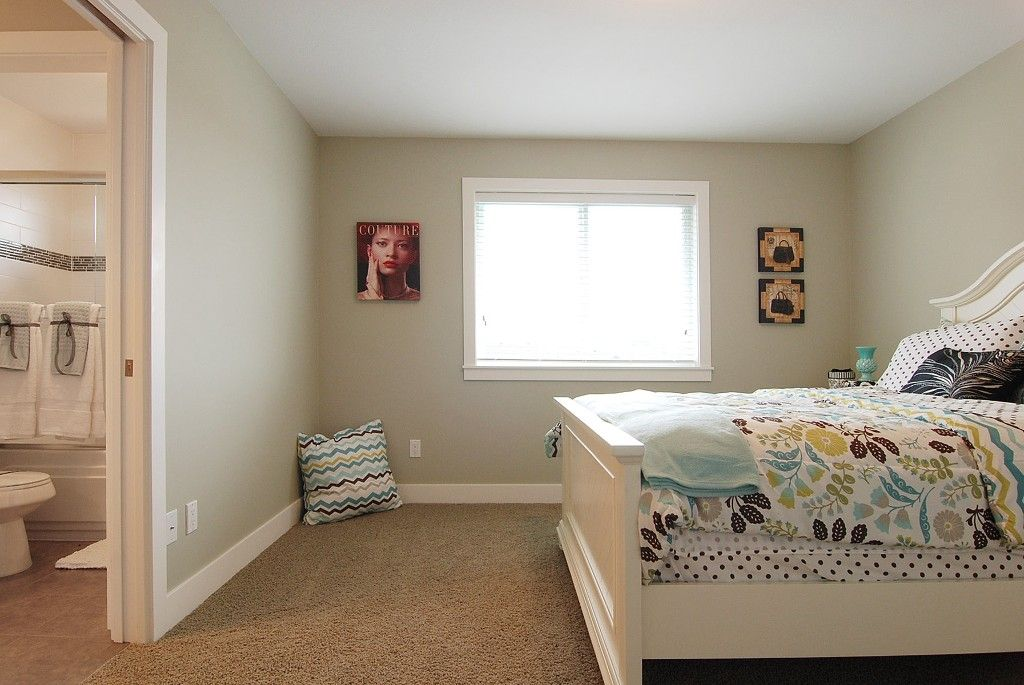 Photo 7: Photos: 6053 145A ST in : Sullivan Station House for sale : MLS®# F1115004