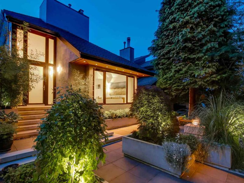 FEATURED LISTING: 3465 30TH Avenue West Vancouver