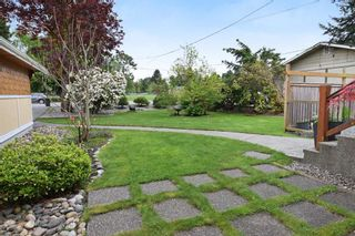 Photo 18: 12085 BLAKELY Road in Pitt Meadows: Central Meadows House for sale : MLS®# R2166828