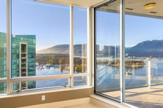 """Photo 19: 3102 1077 W CORDOVA Street in Vancouver: Coal Harbour Condo for sale in """"Shaw Tower"""" (Vancouver West)  : MLS®# R2624531"""