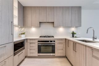 """Photo 3: 201 733 E 3RD Street in North Vancouver: Lower Lonsdale Condo for sale in """"Green on Queensbury"""" : MLS®# R2442684"""