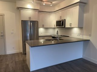 "Photo 4: 405 2436 KELLY Avenue in Port Coquitlam: Central Pt Coquitlam Condo for sale in ""LUMIERE"" : MLS®# R2529369"