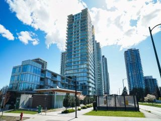 "Photo 1: 1704 8131 NUNAVUT Lane in Vancouver: Marpole Condo for sale in ""MC2"" (Vancouver West)  : MLS®# R2625332"
