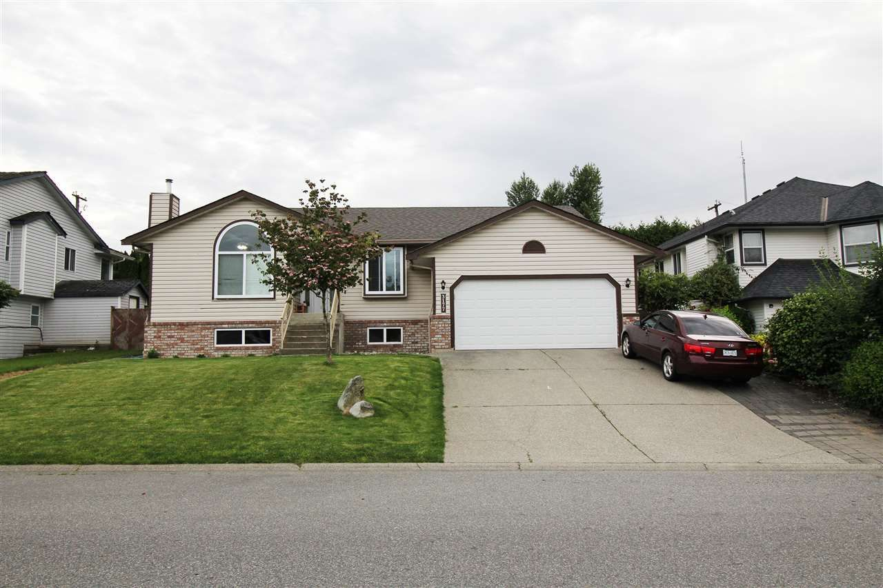 Main Photo: 3177 CURLEW Drive in Abbotsford: Abbotsford West House for sale : MLS®# R2469561