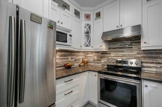 """Photo 10: 23 10340 156 Street in Surrey: Guildford Townhouse for sale in """"Kingsbrook"""" (North Surrey)  : MLS®# R2579994"""