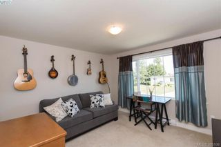 Photo 13: 2111 JAMES WHITE Blvd in SIDNEY: Si Sidney North-West Half Duplex for sale (Sidney)  : MLS®# 792176