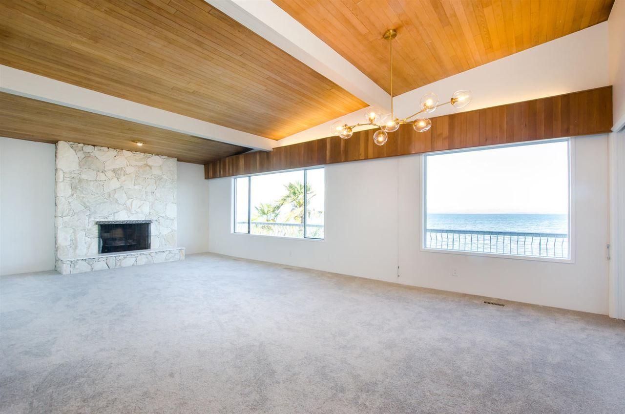 """Photo 4: Photos: 1434 BEACH GROVE Road in Delta: Beach Grove House for sale in """"BEACH GROVE WATERFRONT"""" (Tsawwassen)  : MLS®# R2460346"""