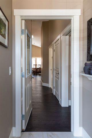 Photo 4: 5421 BONAVENTURE Avenue in Edmonton: Zone 27 House for sale : MLS®# E4239798