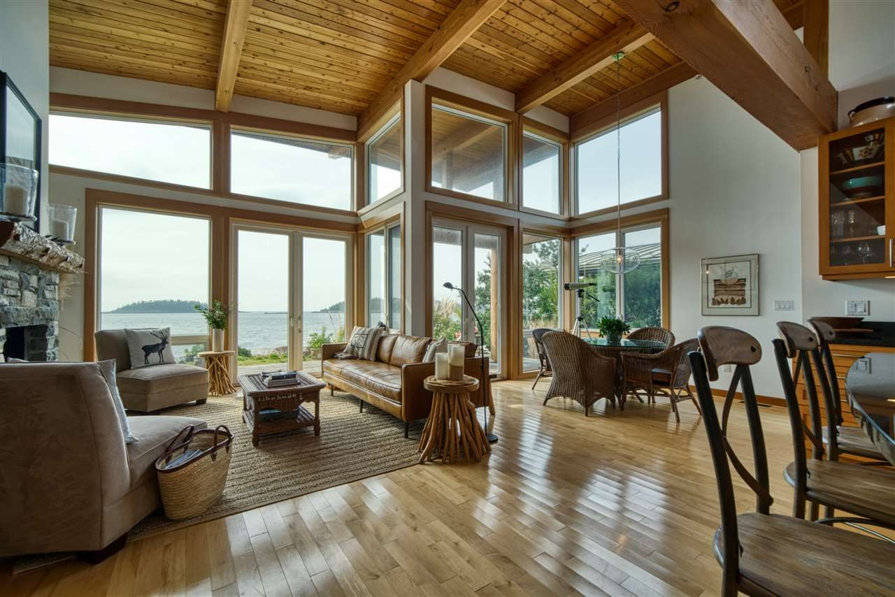 """Main Photo: 6499 WILDFLOWER Place in Sechelt: Sechelt District House for sale in """"Wakefield - Second Wave"""" (Sunshine Coast)  : MLS®# R2557293"""