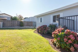 Photo 19: 5 1536 Middle Rd in View Royal: VR Glentana Manufactured Home for sale : MLS®# 775203