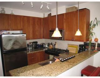 """Photo 2: 413 4600 WESTWATER Drive in Richmond: Steveston South Condo for sale in """"COPPER SKY EASY"""" : MLS®# V775539"""