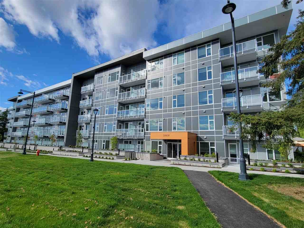 """Main Photo: 512 10838 WHALLEY Boulevard in Surrey: Bolivar Heights Condo for sale in """"The Maverick"""" (North Surrey)  : MLS®# R2583734"""