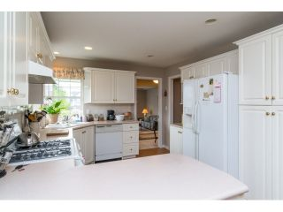 """Photo 6: 18155 60 Avenue in Surrey: Cloverdale BC House for sale in """"CLOVERDALE"""" (Cloverdale)  : MLS®# R2056638"""