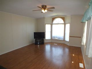 Photo 4: 46 62790 FLOOD HOPE Road in Hope: Hope Laidlaw Manufactured Home for sale : MLS®# R2354384