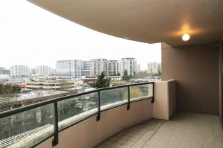 """Photo 3: 802 6611 COONEY Road in Richmond: Brighouse Condo for sale in """"MANHATTAN TOWER"""" : MLS®# R2143069"""
