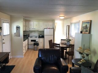 Photo 5: 79 1840 160TH Street in Surrey: King George Corridor Manufactured Home for sale (South Surrey White Rock)  : MLS®# R2479928