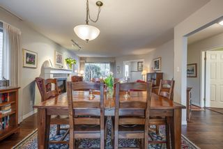 """Photo 8: 135 W ROCKLAND Road in North Vancouver: Upper Lonsdale House for sale in """"Upper Lonsdale"""" : MLS®# R2527443"""