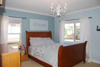 Photo 14: OCEANSIDE House for sale : 4 bedrooms : 1079 Greenway Rd