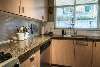 "Photo 12: 5 6878 SOUTHPOINT Drive in Burnaby: South Slope Townhouse for sale in ""CORTINA"" (Burnaby South)  : MLS®# R2143972"