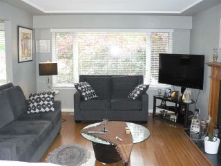"""Photo 2: 634 BERRY Street in Coquitlam: Central Coquitlam House for sale in """"CENTRAL COQUITLAM"""" : MLS®# R2578213"""