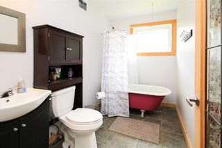 Photo 19: 30105 ZORA Road N in Cooks Creek: House for sale : MLS®# 202119548