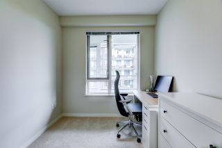 """Photo 16: 306 255 W 1ST Street in North Vancouver: Lower Lonsdale Condo for sale in """"WEST QUAY"""" : MLS®# R2469889"""