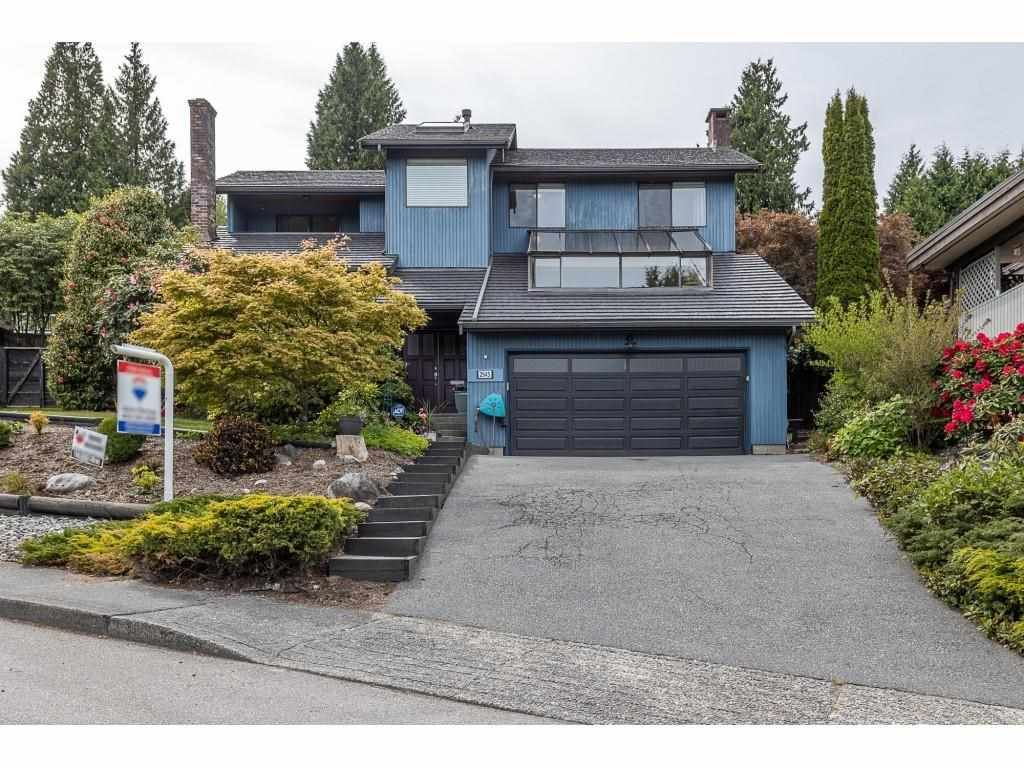 Main Photo: 2945 WICKHAM Drive in Coquitlam: Ranch Park House for sale : MLS®# R2576287