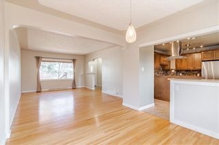 Photo 6: 37 CADOGAN Road NW in Calgary: Cambrian Heights Detached for sale : MLS®# C4294170