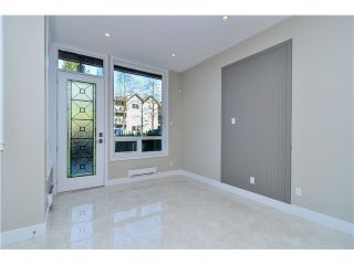 """Photo 4: 1806 E PENDER Street in Vancouver: Hastings Townhouse for sale in """"AZALEA HOMES"""" (Vancouver East)  : MLS®# V1051665"""