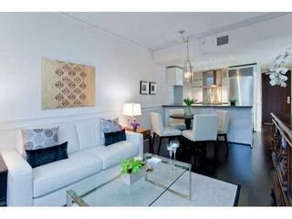 Photo 4: 2304 788 RICHARDS Street in Vancouver West: Downtown VW Home for sale ()  : MLS®# V926163