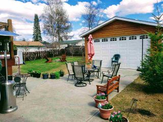 Photo 10: 352 EXPLORER Crescent in Prince George: Highglen House for sale (PG City West (Zone 71))  : MLS®# R2453408