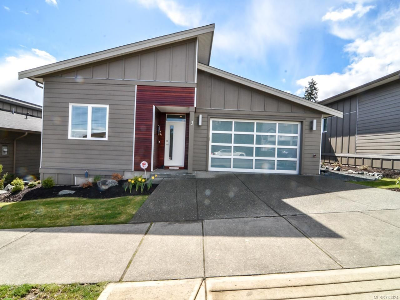 Main Photo: 3 325 Niluht Rd in CAMPBELL RIVER: CR Campbell River Central Row/Townhouse for sale (Campbell River)  : MLS®# 784324