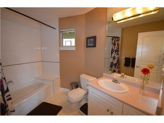 """Photo 8: 18 910 FORT FRASER RISE in Port Coquitlam: Citadel PQ Townhouse for sale in """"SIENNA RIDGE"""" : MLS®# V1007711"""